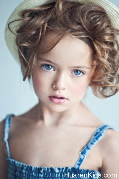 The-most-beautiful-girl-in-the-world-Kristina-Pimenova-3-399x600.jpg - 最美的九岁超模,沉鱼落雁毫无瑕疵 - 华人小孩 - HuarenKids