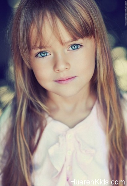 The-most-beautiful-girl-in-the-world-Kristina-Pimenova-6-410x600.jpg - 最美的九岁超模,沉鱼落雁毫无瑕疵 - 华人小孩 - HuarenKids